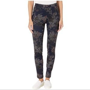 NWT Tribal Floral Printed Leggings Rose Size XS